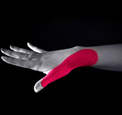 Тейпирование большого пальца руки